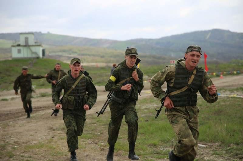 Армейские игры: море огня затопило Раевскую