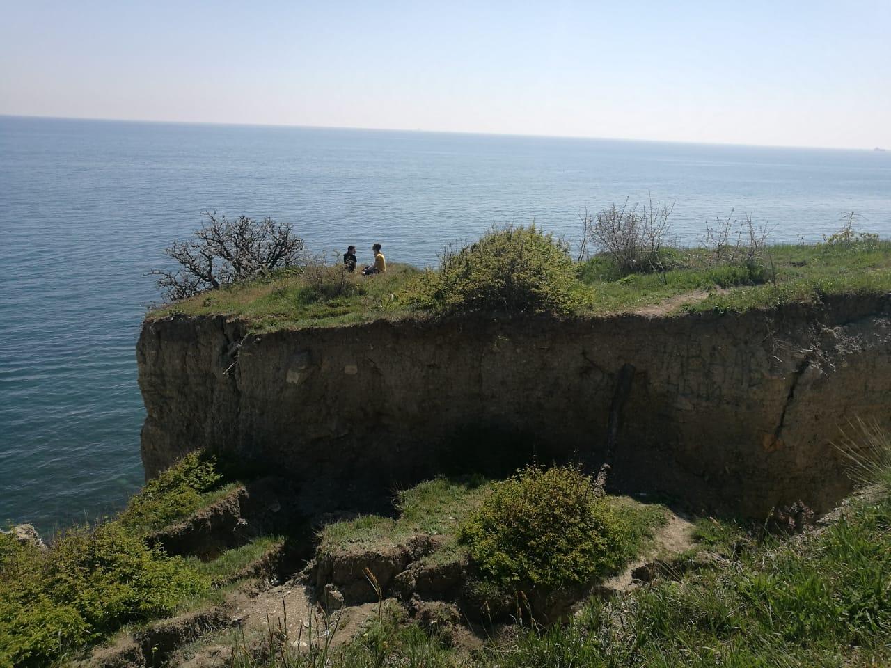 Разлом берега под Новороссийском смертельно опасен