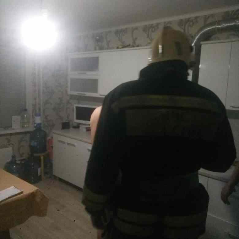 В Новороссийске спасатели выручали из беды
