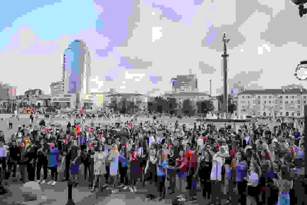 Выпускники Новороссийска зажгли по полной программе