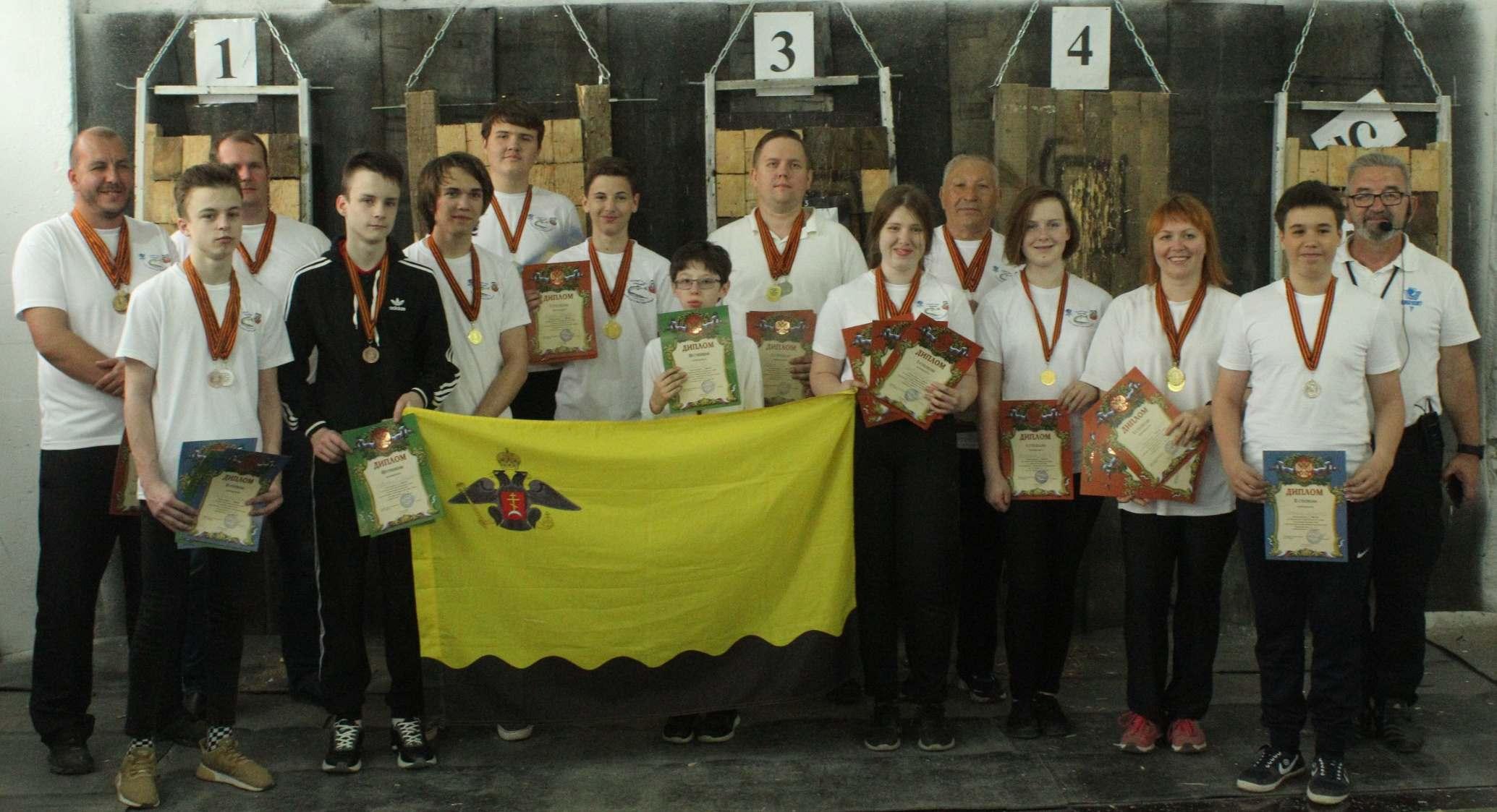 Новороссийцы с помощью ножа забрали золото