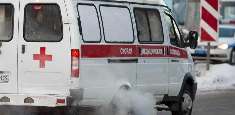 Новороссиец после первомайской демонстрации попал под колеса