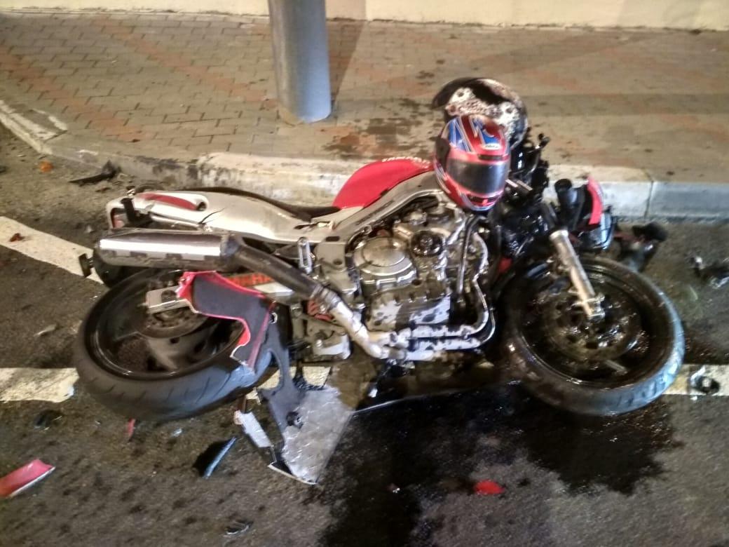 В Новороссийске мотоцикл разбился  всмятку