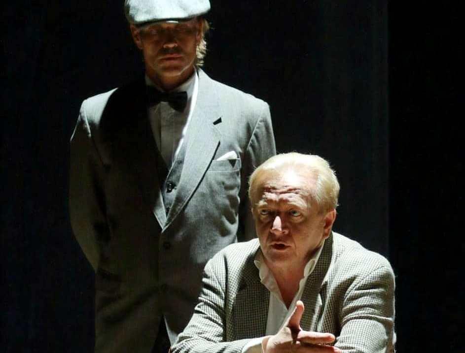 Новороссийский театр смог за один вечер показать «Пять вечеров»
