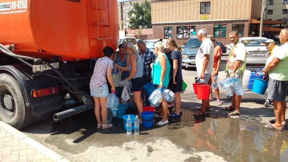 В поселках Гайдук и Верхнебаканский под Новороссийском ограничат подачу воды