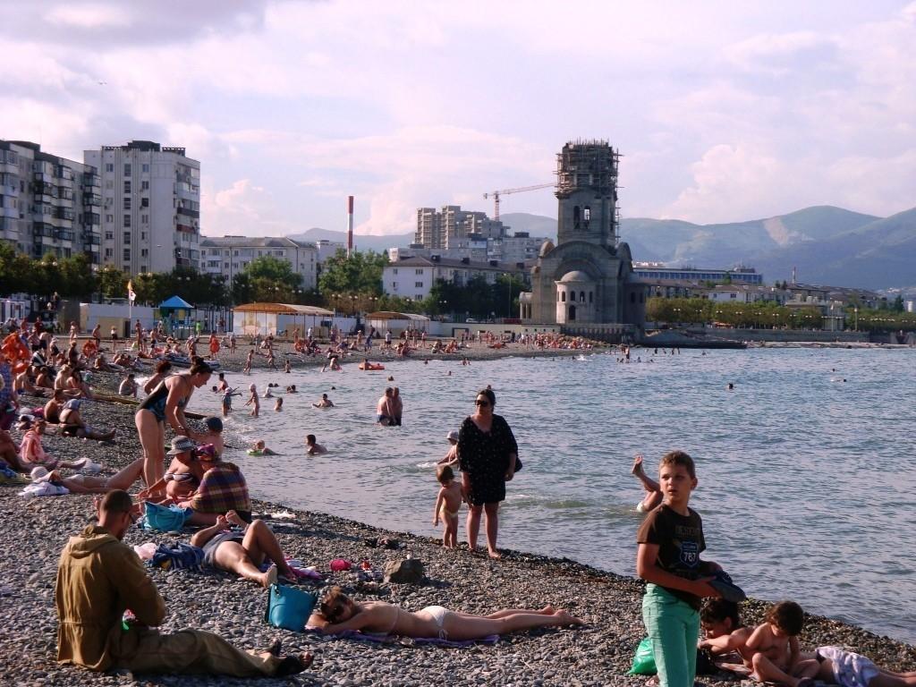 Суд выяснит, кто виновен в выбросах у пляжа «Нептун» в Новороссийске