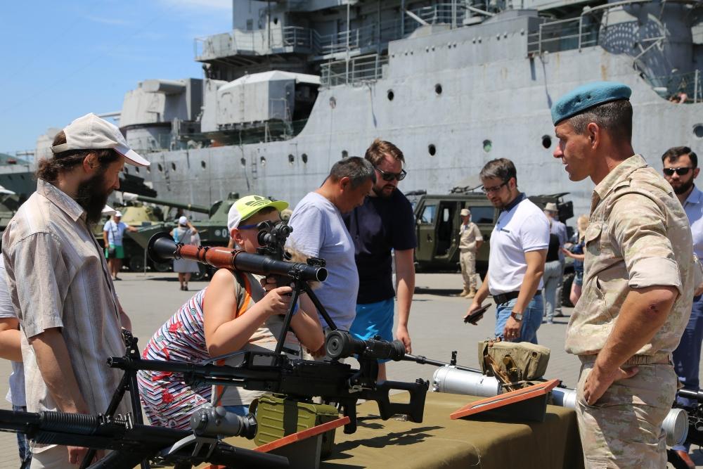 Военные показали свою мощь в Новороссийске
