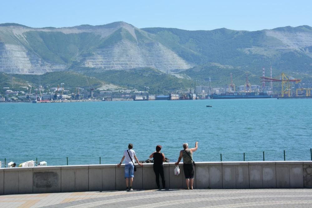 «НР» проводит собственное расследование: кто загрязняет Черное море?