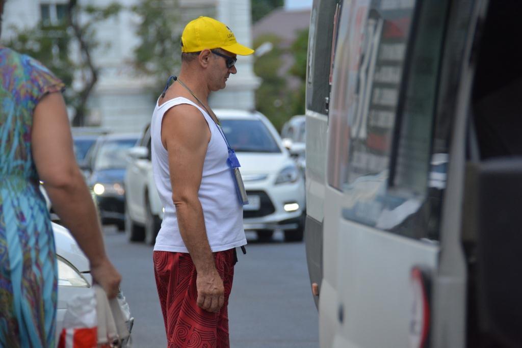 Новороссийские автобусы должны оборудовать кондиционерами до 1 июля