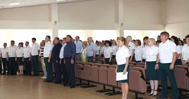 Таможня Новороссийска отмечает свой профессиональный праздник