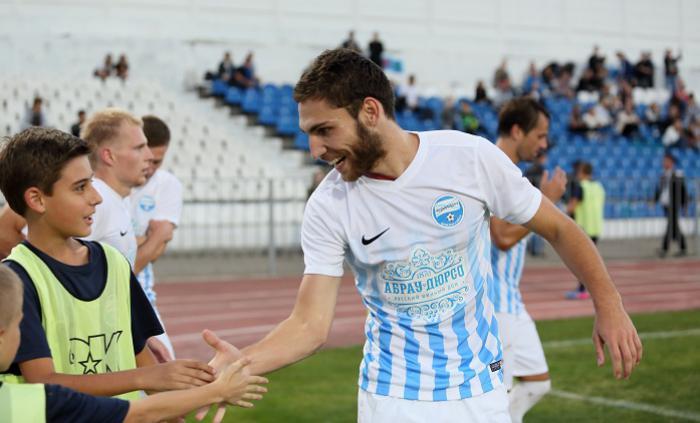 «Черноморец» провел встречу сболельщиками