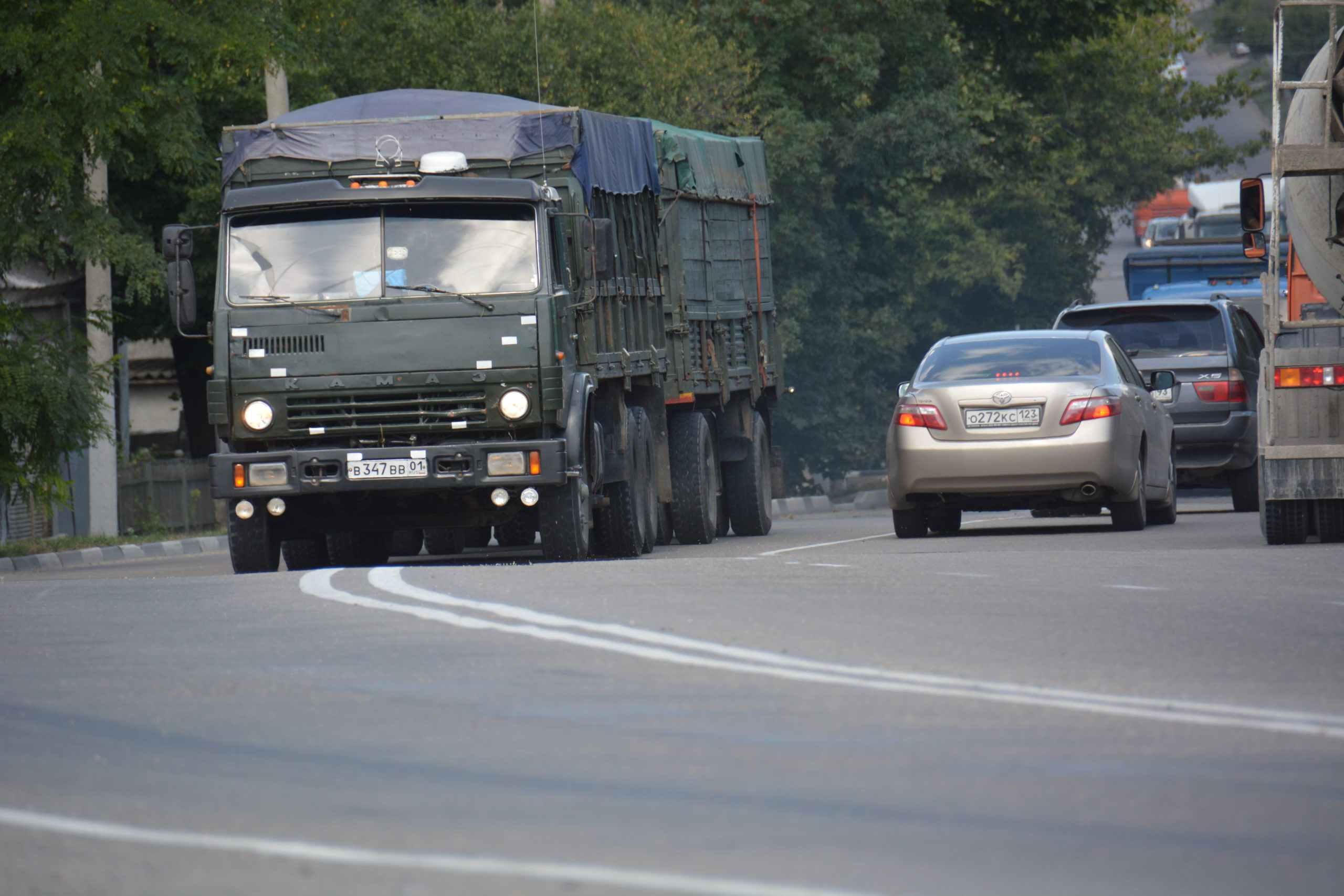 Новороссийцы подписывают петицию против зерновозов, а зерновые терминалы готовятся к росту грузооборота