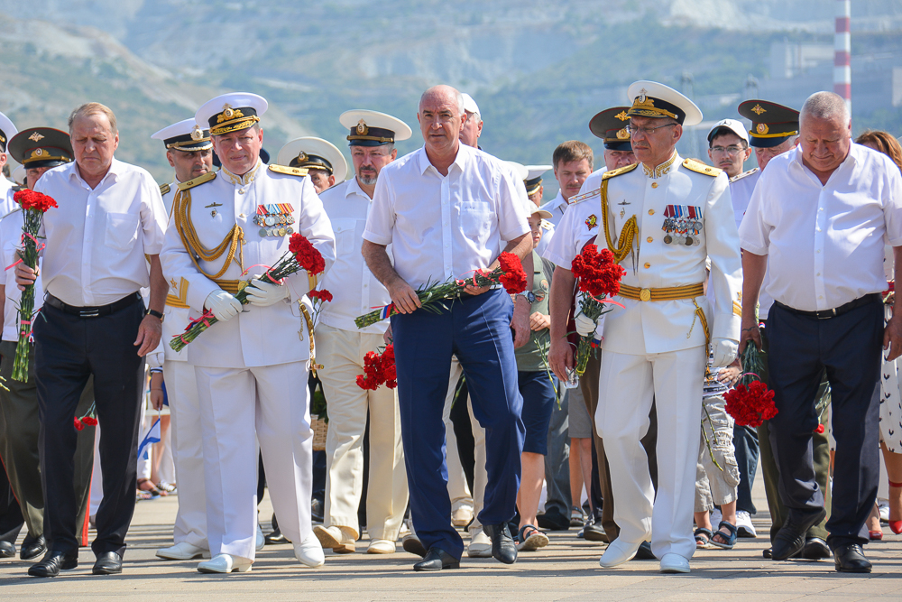 Новороссийск отметил день ВМФ с размахом, культурно и без происшествий
