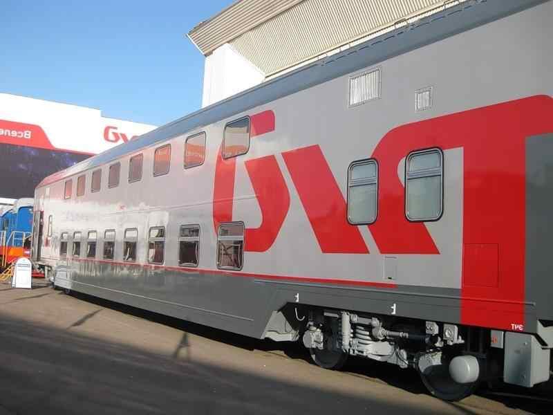 Двухэтажный поезд предлагает купе по цене плацкарта