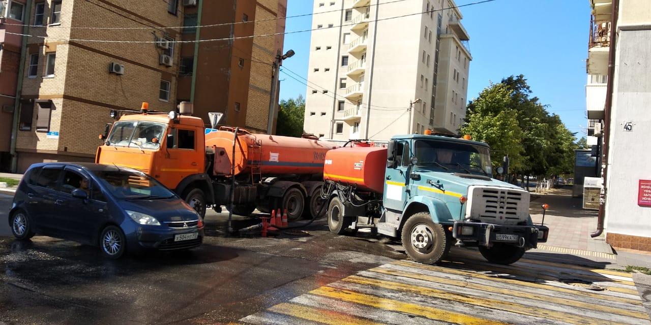 ВНовороссийске снижена подача воды из-за аварии намагистральном водоводе