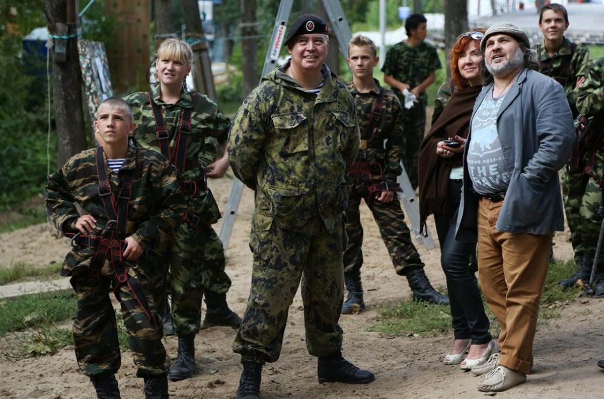 Новороссийские гардемарины показали армейскую доблесть