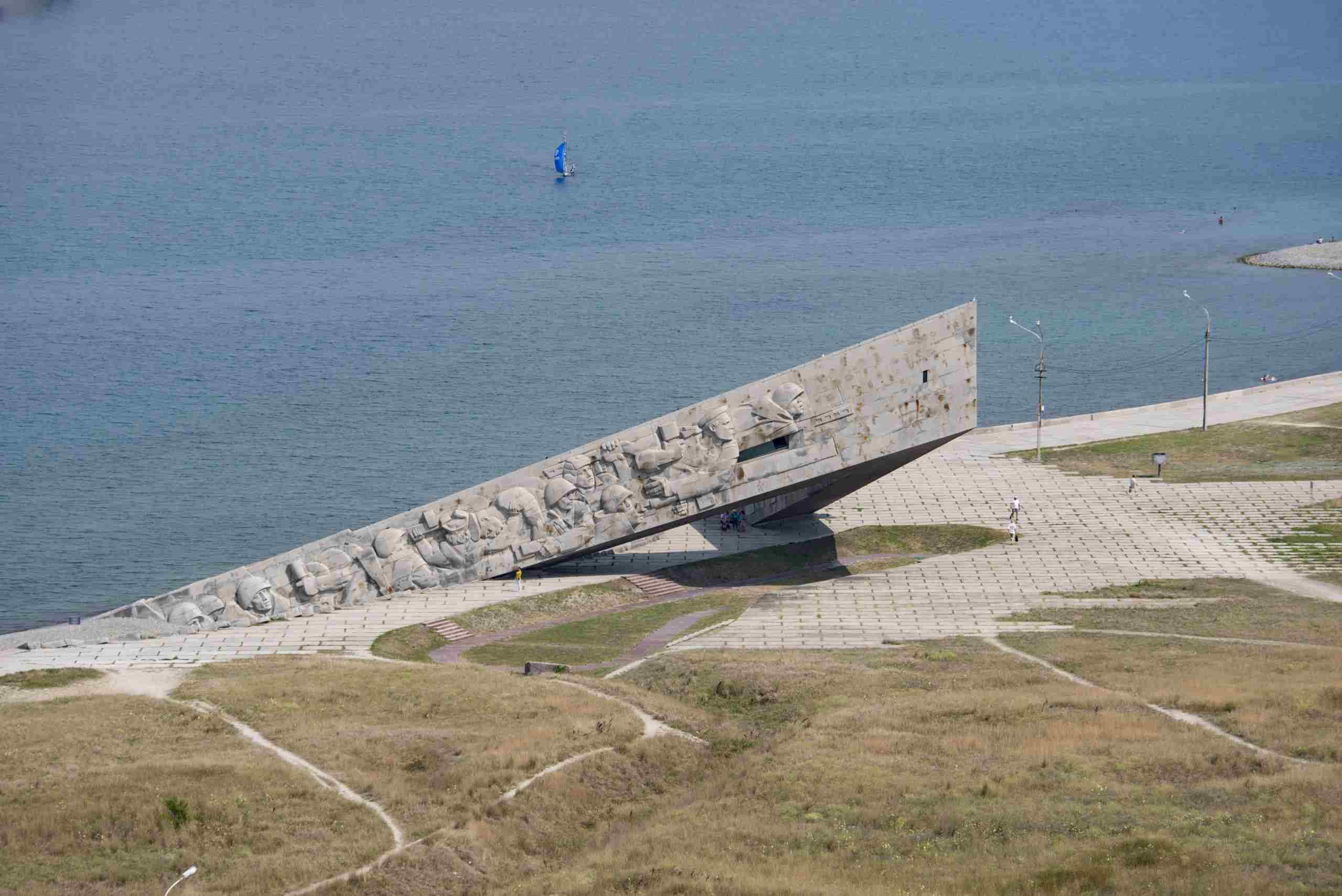 Нафинансирование мемориалов Краснодарского края выделят 100 миллионов