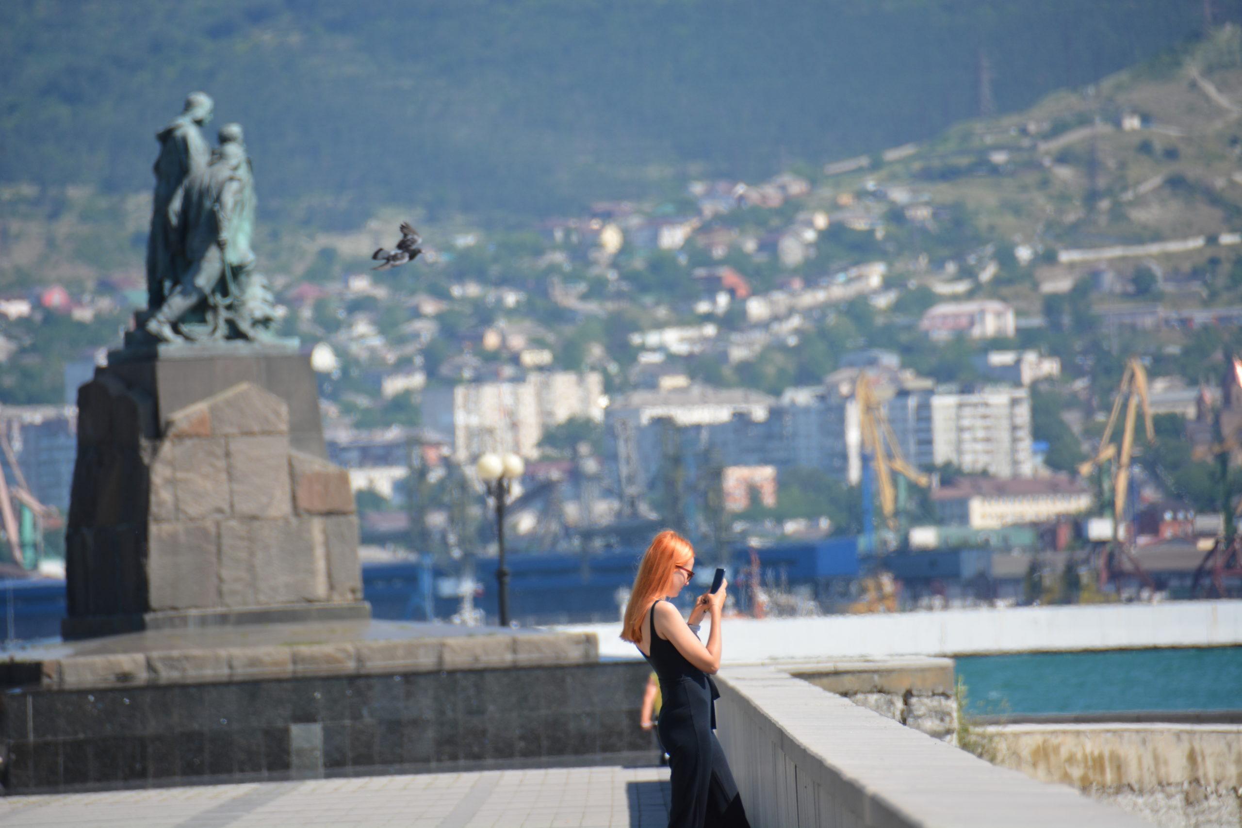 Выходные в Новороссийске будут жаркими и ветреными