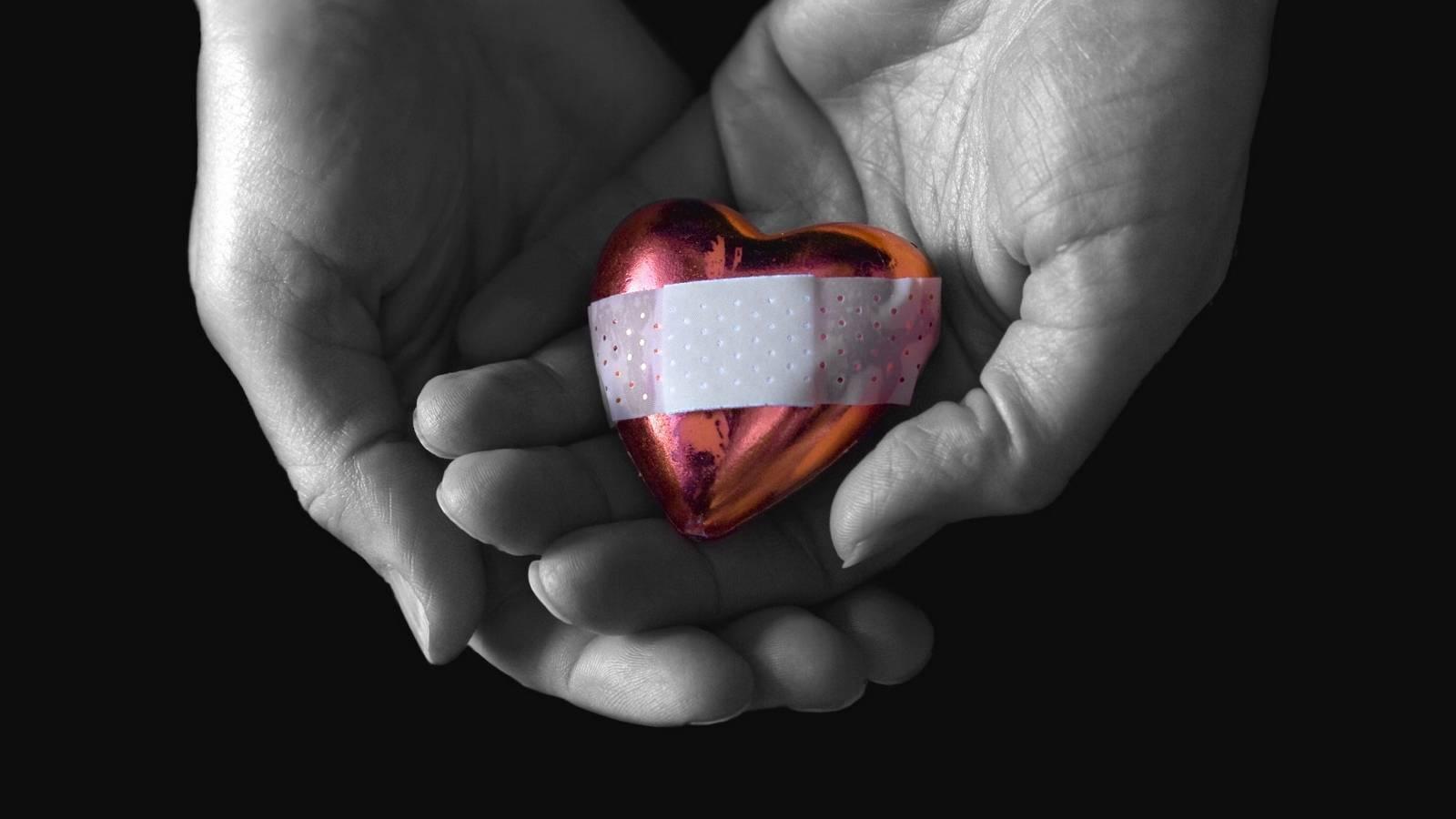Сердце каждой мамы — сеточка из шрамов