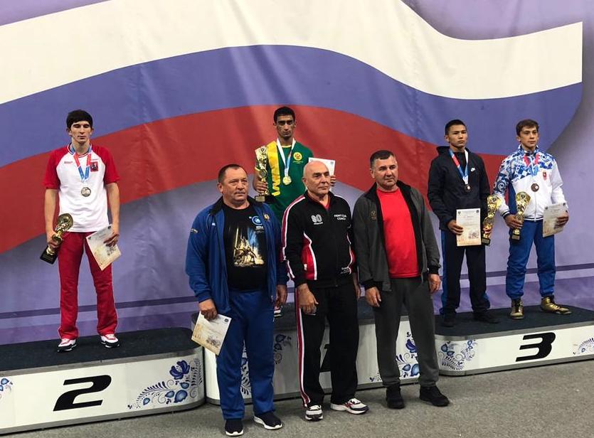 Новороссиец из Москвы привез золото Спартакиады по греко-римской борьбе