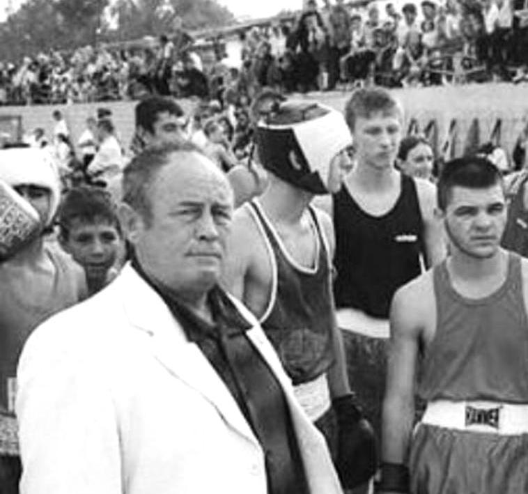 Боксерский турнир в Новороссийске посвятят тренеру