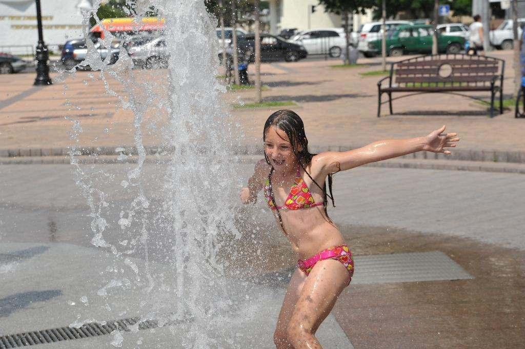 Новороссийск накрыла августовская жара
