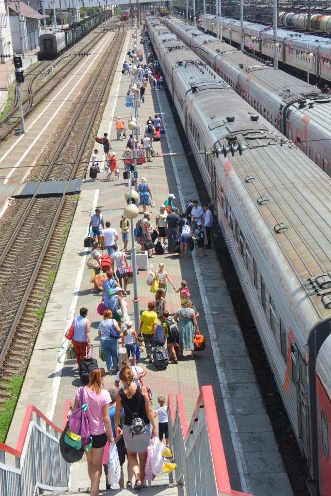 Новороссийцы смогут путешествовать с внуками без похода к нотариусу