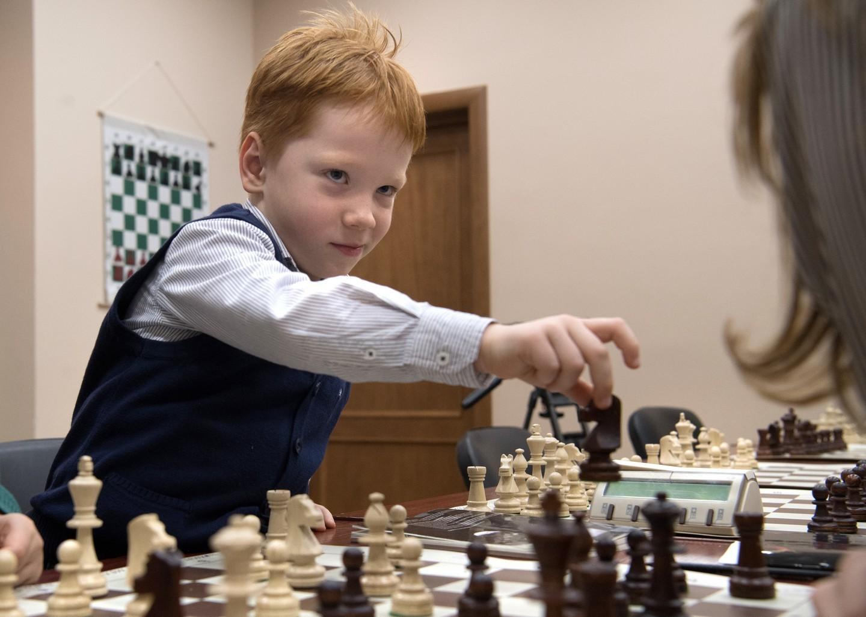 Новороссийским школьникам предложат изучить религию и сыграть в шахматы
