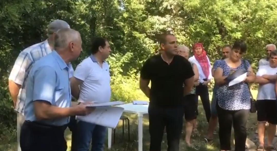 В Абрау-Дюрсо под Новороссийском хотели ради туристов ущемить местных жителей