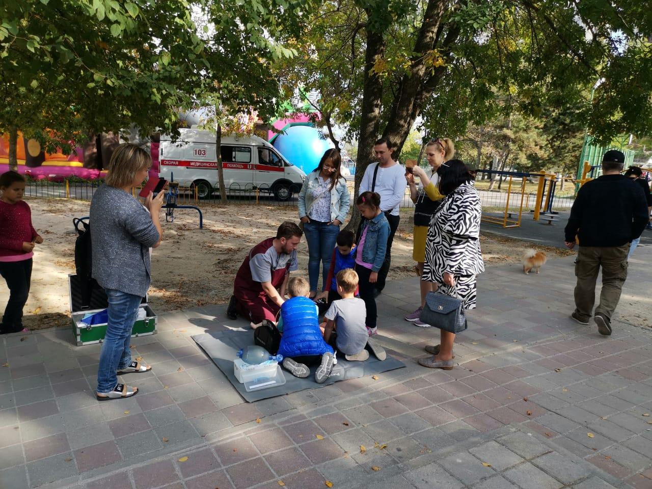 «Скорая» Новороссийска учила спасать людей