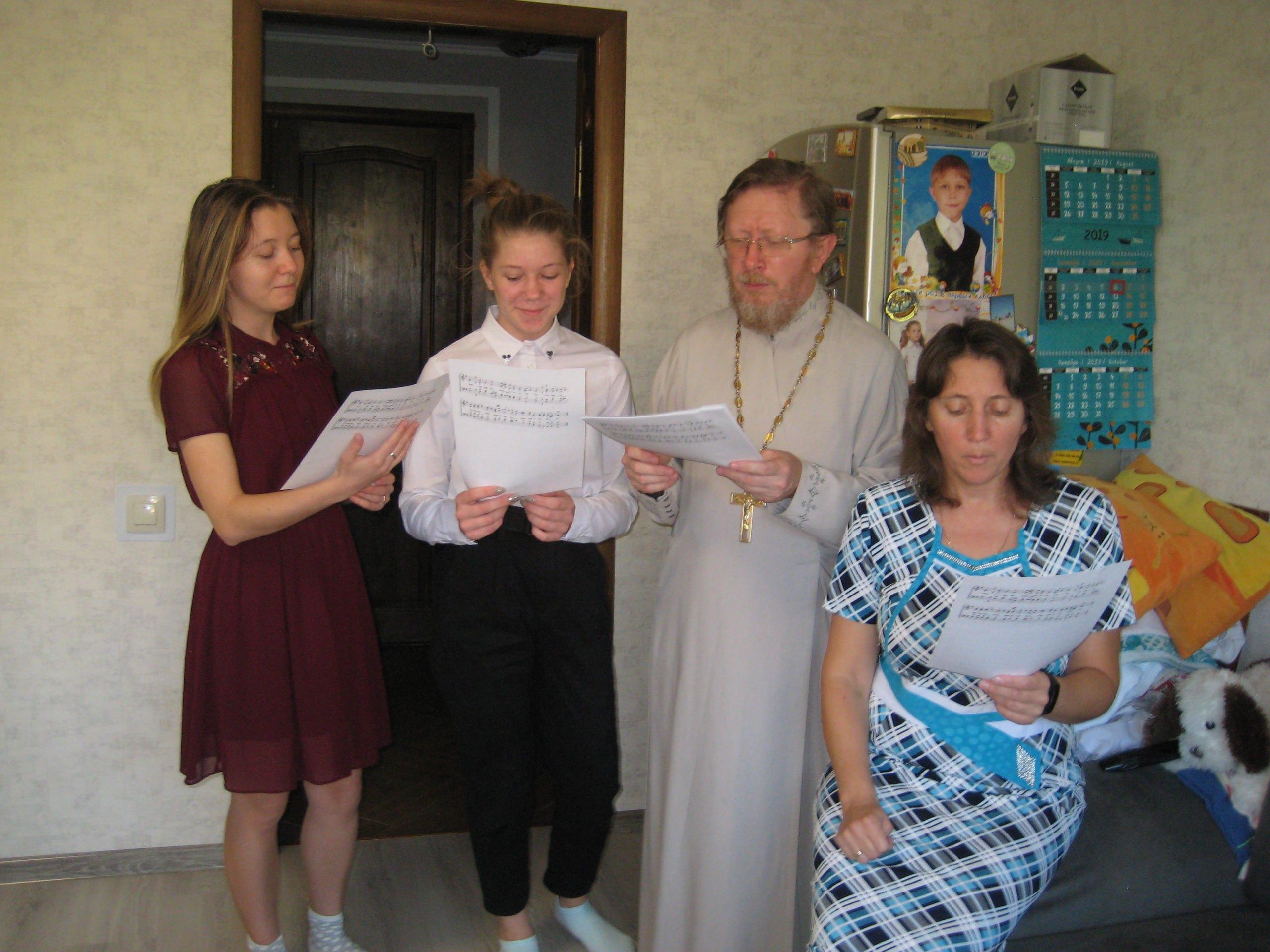 В Абрау-Дюрсо под Новороссийском появился церковный хор