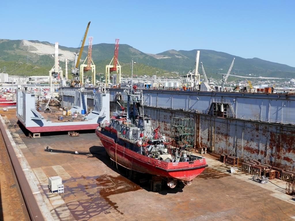 В Новороссийске два судна вышли из дока