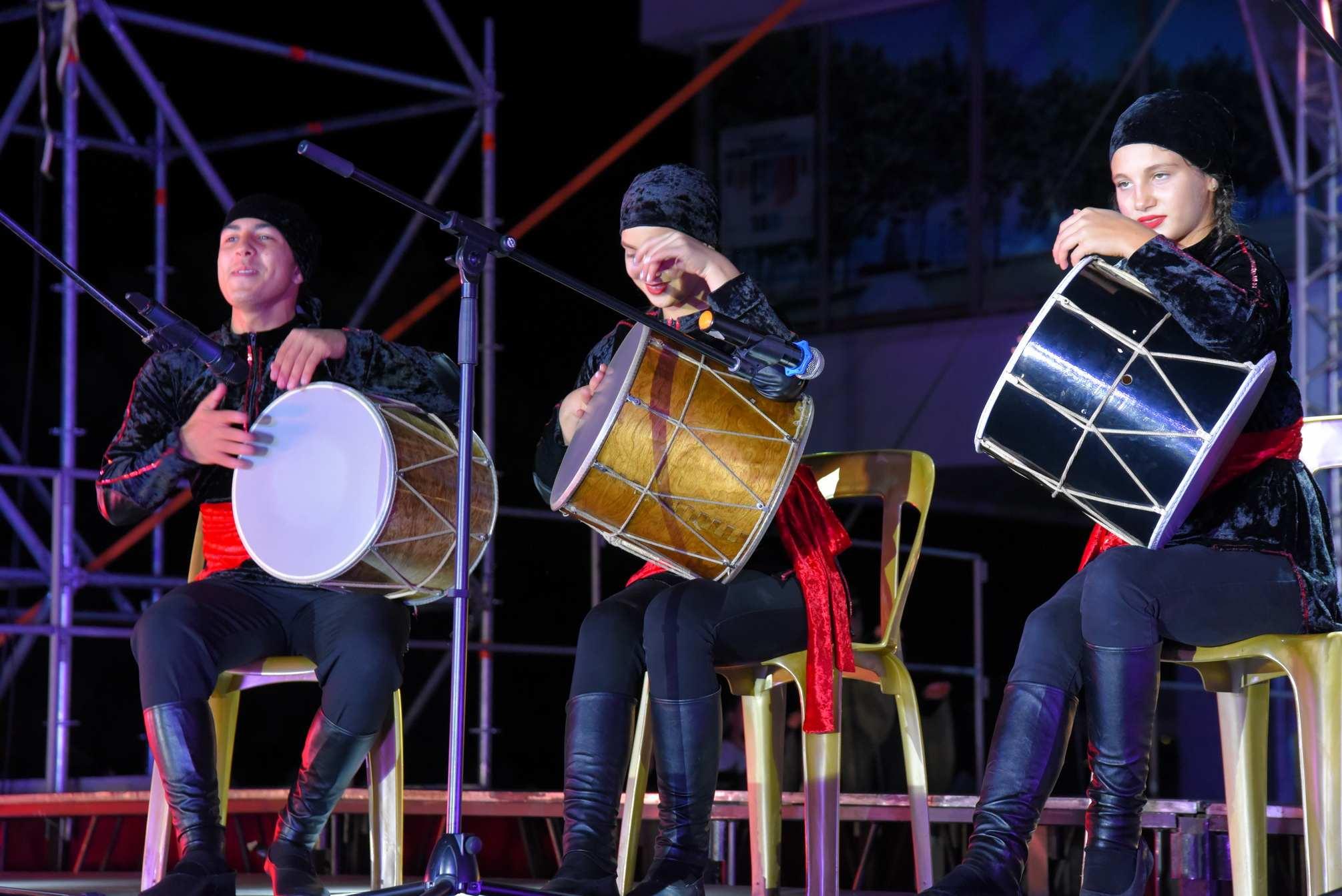 Многонациональный Новороссийск угощал гостей, пел и танцевал