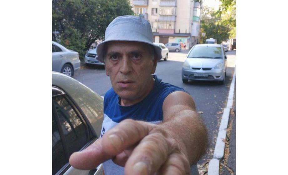 Новороссиец поймал угонщика в салоне своей машины