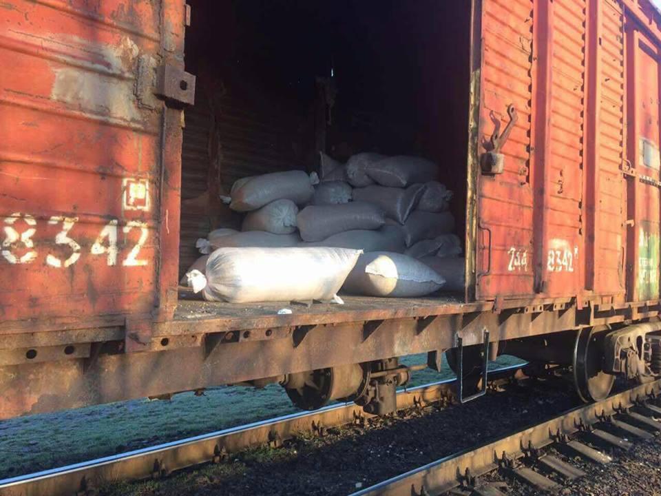 В Новороссийске вор вскрыл грузовой поезд