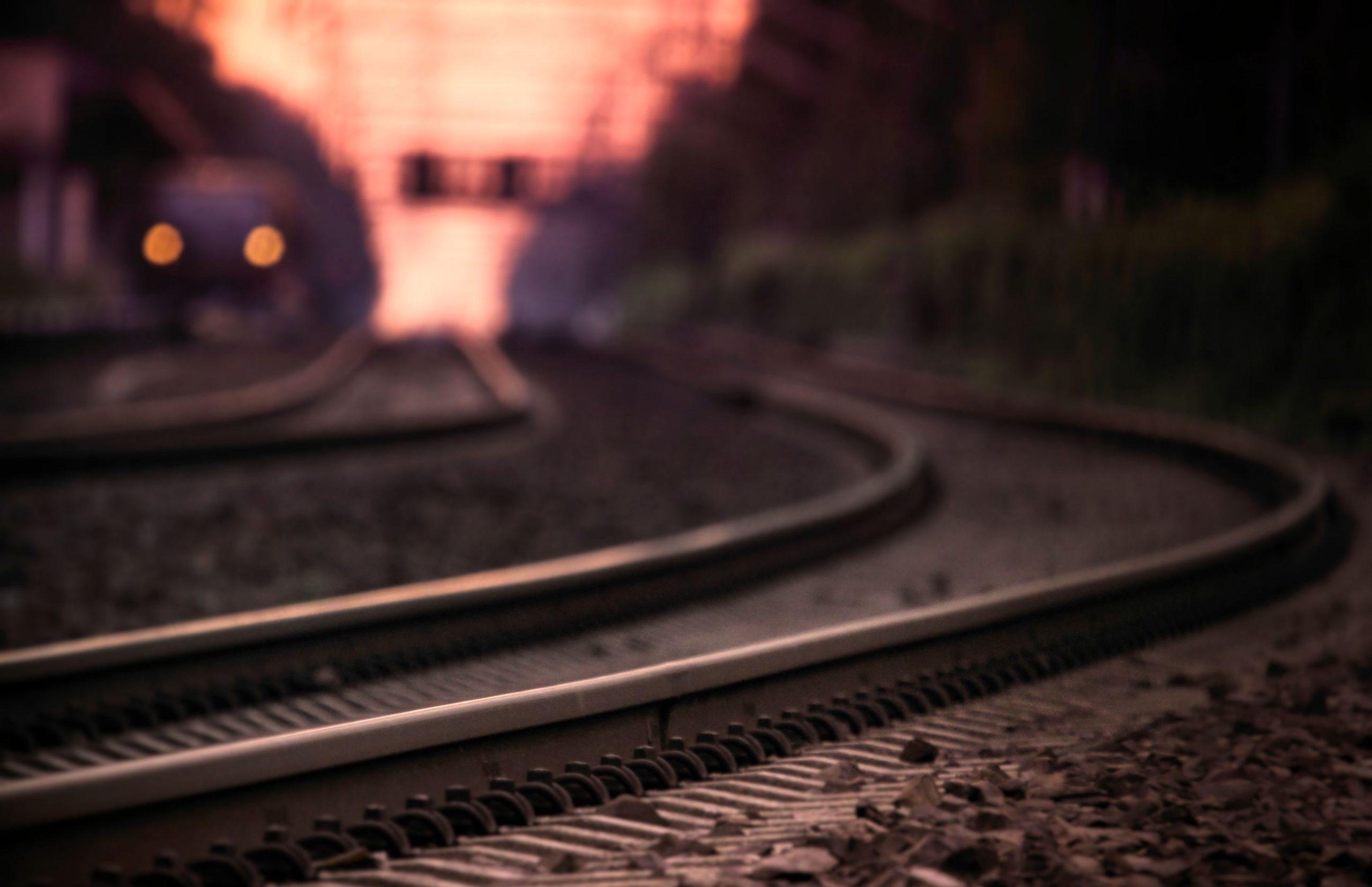 Под колесами поезда, идущего вНовороссийск, погиб подросток