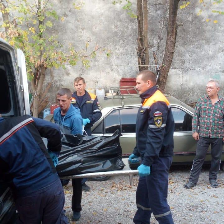 В Новороссийске мужчина умер в подвале и пролежал целую неделю