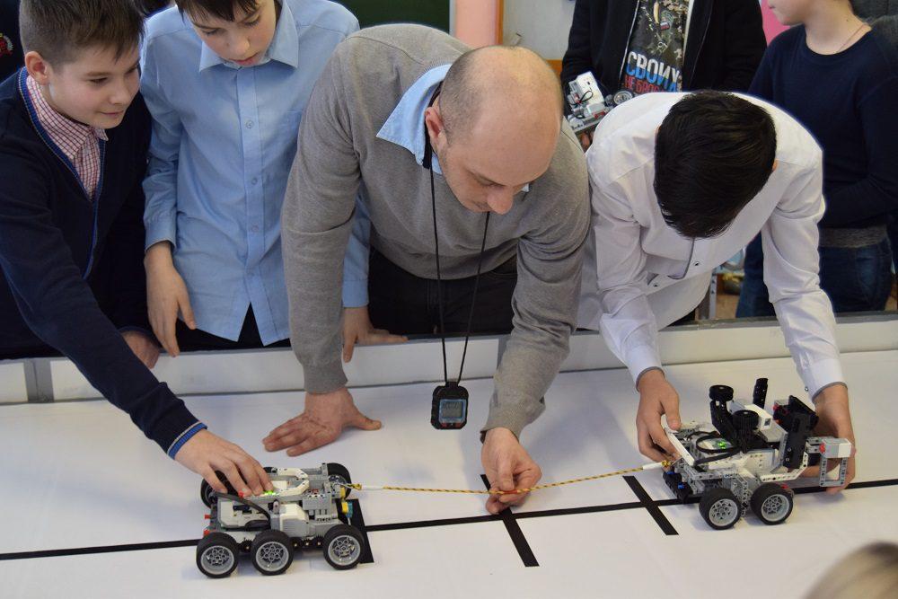 В Новороссийске роботы будут соревноваться в перетягивании каната