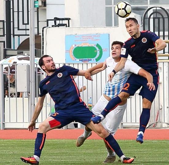 Новороссийским футболистам хватило десяти минут для победы