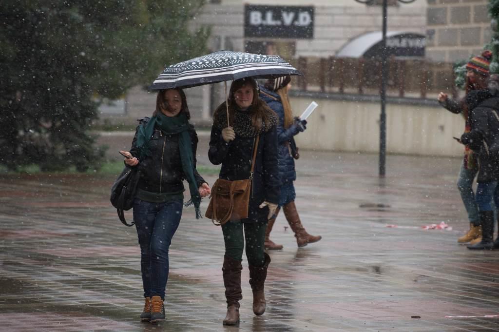 На Новороссийск надвигается непогода