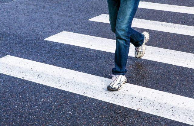 ВНовороссийске засутки сбили сразу троих пешеходов на«зебрах»