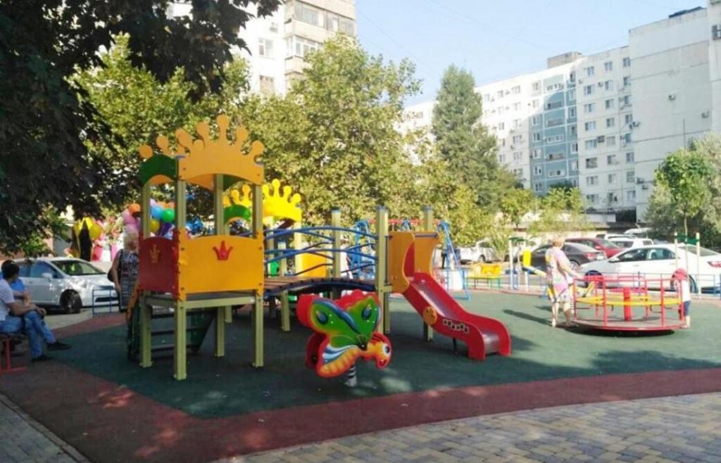 В Новороссийске благоустраивают парки, дворы и расселяют из аварийного жилья