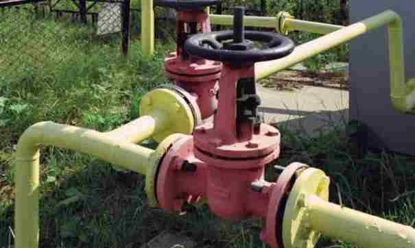 В Новороссийске решают вопрос низкого давления в газовых трубах