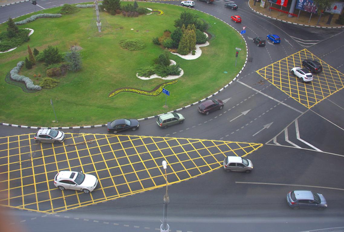 В Новороссийске на Кутузовском кольце поставят светофор для пешеходов