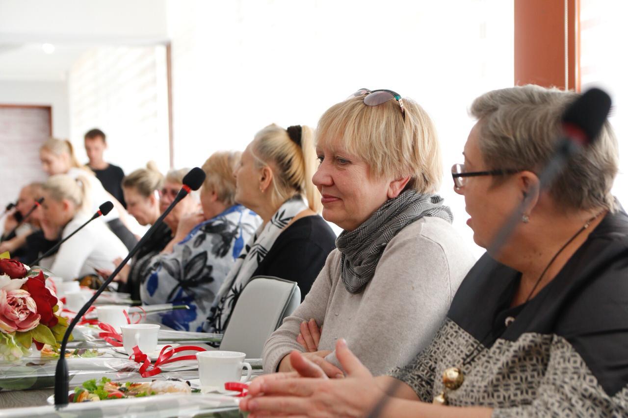 Глава Новороссийска встретился с матерями погибших героев