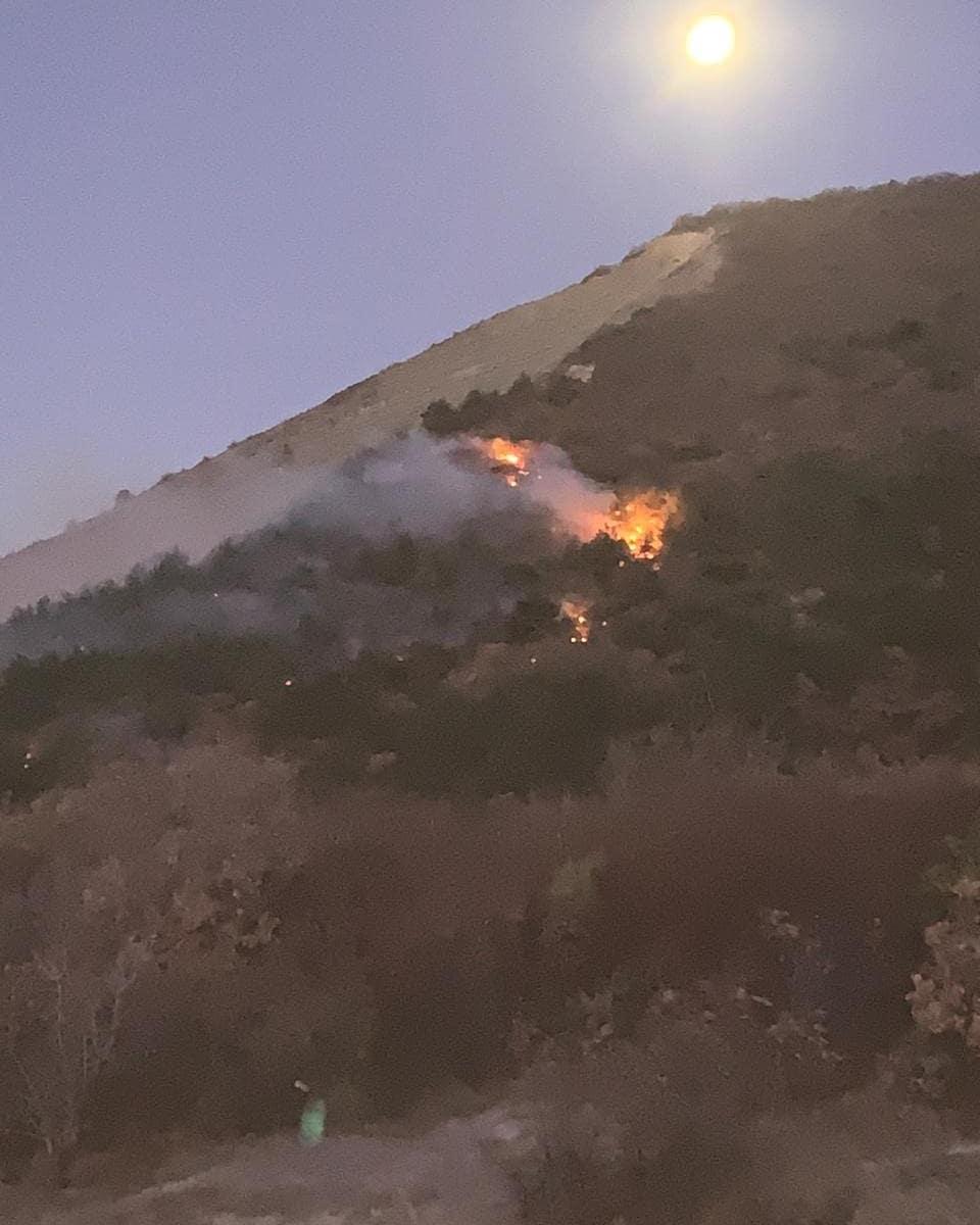 Пожар на горе Колдун: в Новороссийске выгорело больше гектара леса