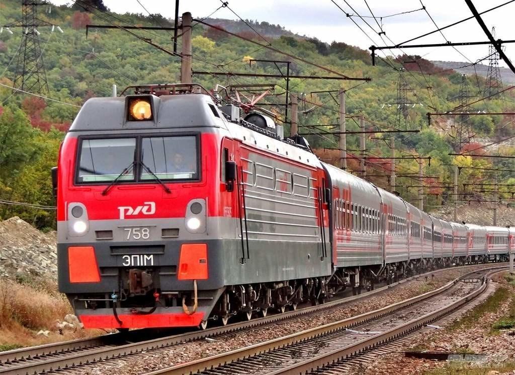 На Юге России изменится движение поездов: в Новороссийск, Сочи и Туапсе — по- новому маршруту и графику