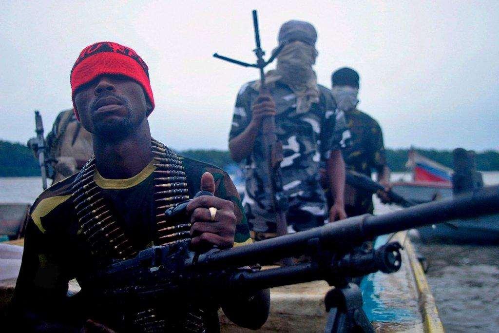 Нигерийские пираты начали охоту на людей