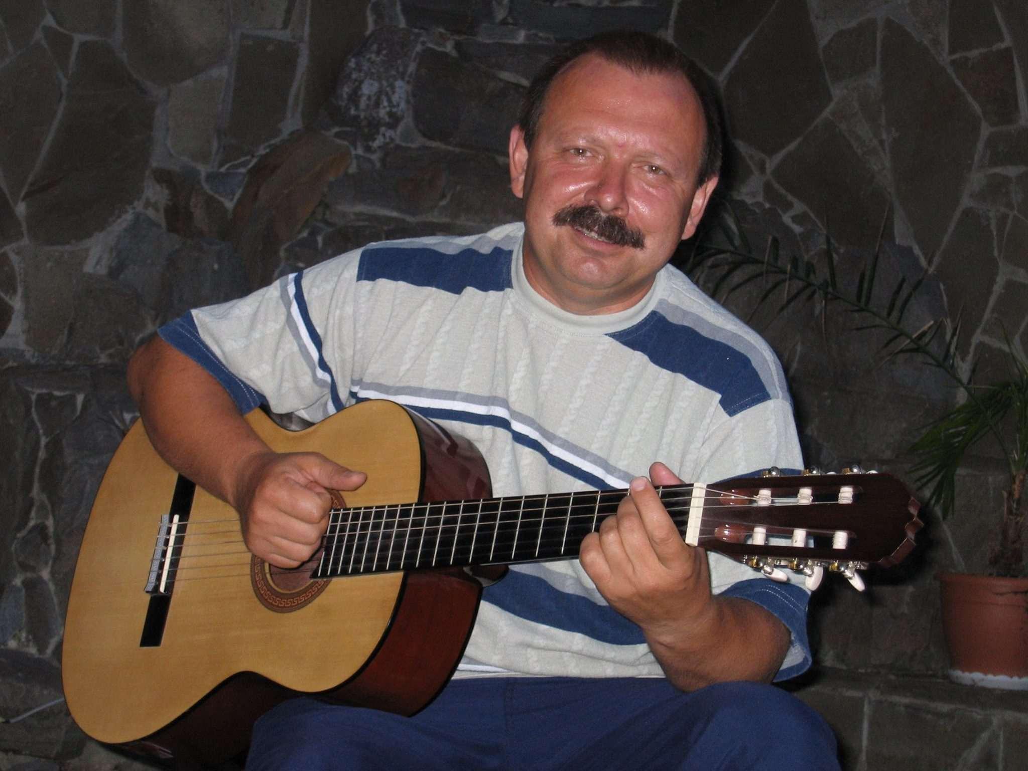 Новороссийцев приглашают послушать бардовские песни