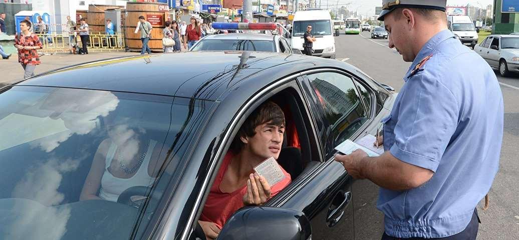 Иностранцев заставят ездить аккуратнее или хотя бы платить за нарушения